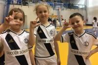 Zajęcia piłkarskie Przedszkola Legii Warszawa w Płońsku